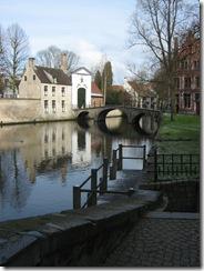 puente de entrada al beaterio