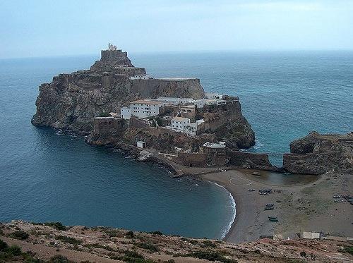 Islas españolas en el Norte de Africa Peon-velez-de-la-gomera